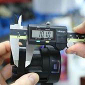 Paquímetro Digital 150mm 6 Pol Absolute Mitutoyo